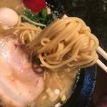 60087411 - 麺は「普通」でもほどよい硬さがあって、ちょうど良い気がします。