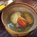 おもてなし茶屋 咲扇 - ガンモとお芋の煮物