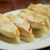 餃子のハルピン - 料理写真:ニラ・焼@550円:いわゆるオーソドックスな餃子。