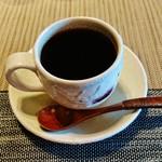 60094429 - 『ブレンドコーヒー』(550円)!! 注文を受けてから豆を挽き、一杯一杯                       丁寧にハンドドリップで淹れた珈琲~♪(^o^)丿