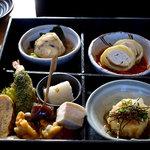 家庭料理 やまぼうし - 松花堂弁当