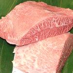 まる良炭火焼肉 - 料理写真:松阪牛ミスジ