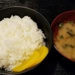 びっくり亭 - 料理写真:ご飯は少し夫へ。←言い訳
