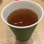 茶 丸山園 東京スカイツリータウン・ソラマチ店 - 焙じ茶。130円なり(^∇^)♪