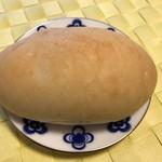 60102670 - パン