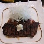 60104422 - 鹿肉のステーキ。