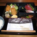漁港直送鮮魚と地酒 くすくす - 2010/12/1 日替わり弁当