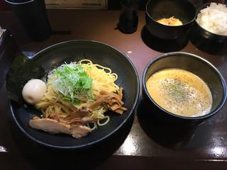 三一五 - 味玉つけめん(930円)