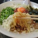 麺や 千成 - 「台湾まぜそば(追い飯付き)」の麺