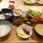 60117697 - 鶏の唐揚げ香味ダレ定食 1274円(税込)