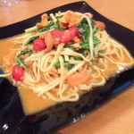 60121057 - 生雲丹と季節の葉野菜と完熟フレッシュトマトのタリオーリ