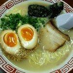 ラーメン浅野2号 - 料理写真:とんこつラーメン:570円+味卵100円