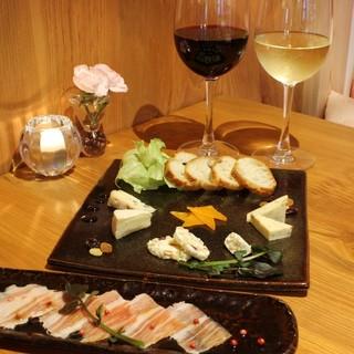 """ワインや日本酒に合う""""おつまみ""""ご用意しております。"""