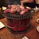 芝大門 夏冬 - 2016.12.14  旨そうに焼けとりますなぁ〜✌️
