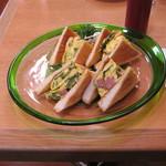 グルメ - 「ゴーヤチャンプルー風サンドイッチ」です。