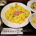 60129430 - この日の日替わり定食「蟹と玉子とニラの塩炒め」(700円)