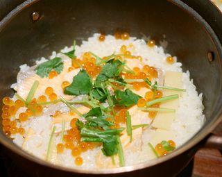 葱ぼうず - 鮭とイクラの釜戸炊き銅鍋ごはん