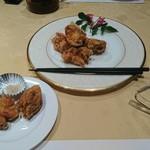 60130511 - 鶏のから揚げ(1,000円)                       ほとんど味がついてない。併せて出される塩コショウと食べる。