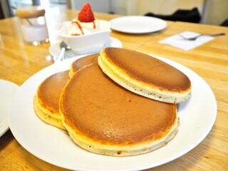 ホットケーキパーラー フルフル 赤坂店 - '16.12フルーツクリームホットケーキ