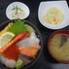 海鮮和食処くろさか - 料理写真:海鮮丼