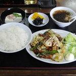 日替わりランチ(豚肉とキャベツの辛子味噌炒め)