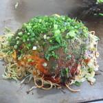 お好み焼 めぐみ - 料理写真:肉玉そば