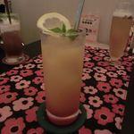 マルチズンズン - オレンジとカシスソーダのカクテル 2016.10.25