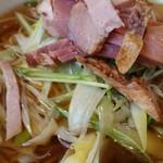 中国四川料理 秀峰 - 焼豚と葱入りスープ麺のランチ1,000円