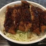 のぶ幸 - ソースカツ丼アップ