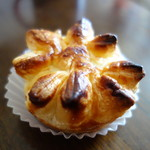 ビルゴ洋菓子店 - 料理写真:栗パイ