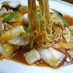 吉伝 - あんかけやきそばの麺
