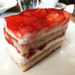 60150045 - イチゴのショートケーキ   フルーティーで絶品❤️