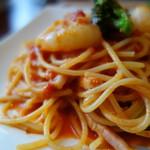 Restaurant la Raison - ランチパスタ(海老とブロッコリーのトマトクリーム\1000税込み)