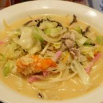 ウエスト 中華麺飯 - 料理写真:チャンポン 680円。