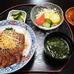 赤津 - ステーキ丼