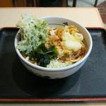 箱根そば - 2012/冬限定「貝柱のミニかき揚げと春菊天うどん」です。