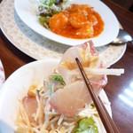 中国四川料理 秀峰 - :かんぱちと野菜のゴマソースかけ