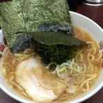 町田家 - ラーメン 濃いめ固め 720円