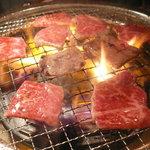 ときわ亭 - 和牛とも三角(1554円) ※焼き状態