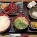 60160854 - うなぎ蒲焼定食1000円+ご飯大盛50円