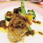 イタリア食堂 キャリー - 鮮魚のグリル アニス風味のオイルソース。