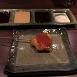 串かつ 石はら - トビコとサーモンの串カツ