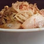 ラーメンつけ麺 笑福 - 豚味噌ラーメン:すべてちょいマシ♪