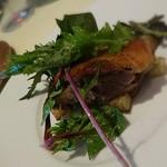 60168755 - ハンガリー産鴨モモ肉のコンフィ
