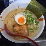 麺屋 甚支 - 料理写真:甚支ラーメン 750円