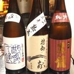 地鳥料理 万徳 別亭 安東 - 入れ替わる日本酒