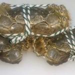 上海小吃 - 料理写真:調理前の上海蟹。イキがいいです
