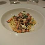 リストランテ カノフィーロ - ジロール茸とサルシッチャのアーリオオーリオ フェデリーニ