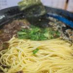 テールラーメンたのしや - 美味しいテールスープに平打ちの細麺。幸せになれます。