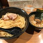 ラーメン炙り - つけ麺(750円)